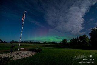 Subtle Aurora Seen in Minnesota