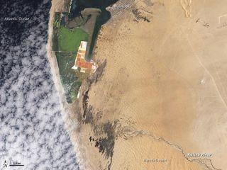 kuiseb-river-namib-desert-110322-02