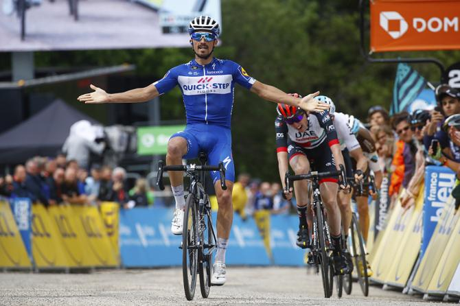 Julian Alaphilippe (Quick-Step Floors) wins stage 4 at Criterium du Dauphine