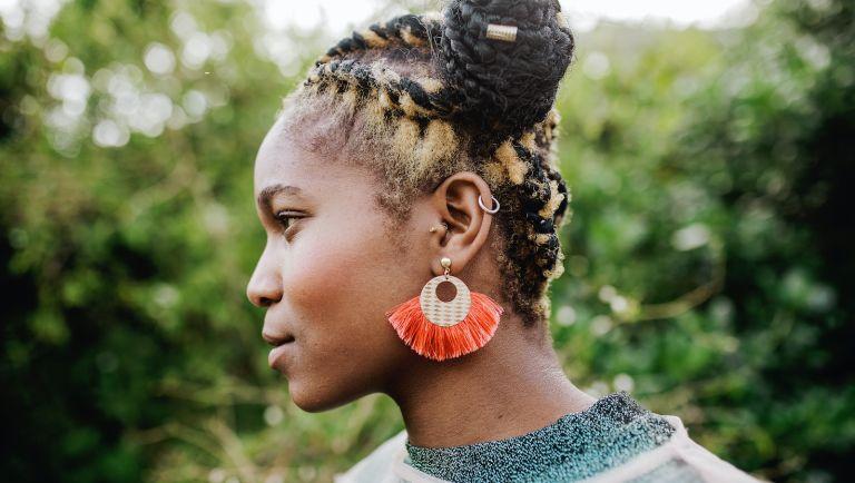 How to treat an ear piercing infection, earrings, ear piercings