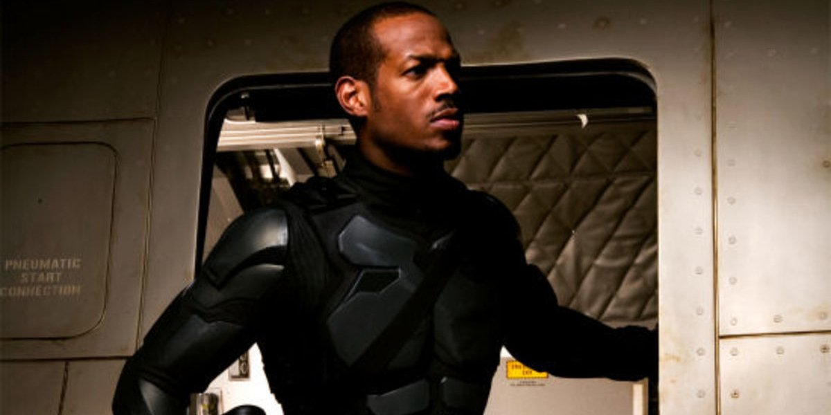 G.I. Joe: The Rise Of Cobra Marlon Wayans suited up, in a plane