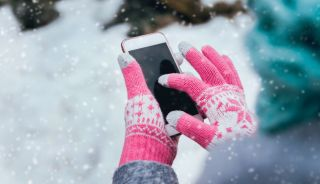 Why Does Cold Weather Drain Your Phone Battery? | Live Science