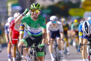 Mark Cavendish wins stage 13 of the 2021 Tour de France in Carcassonne to equal the Eddy Merckx record for stage wins