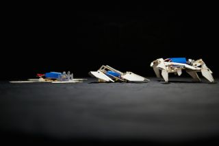 The robot assembles itself in three stages.