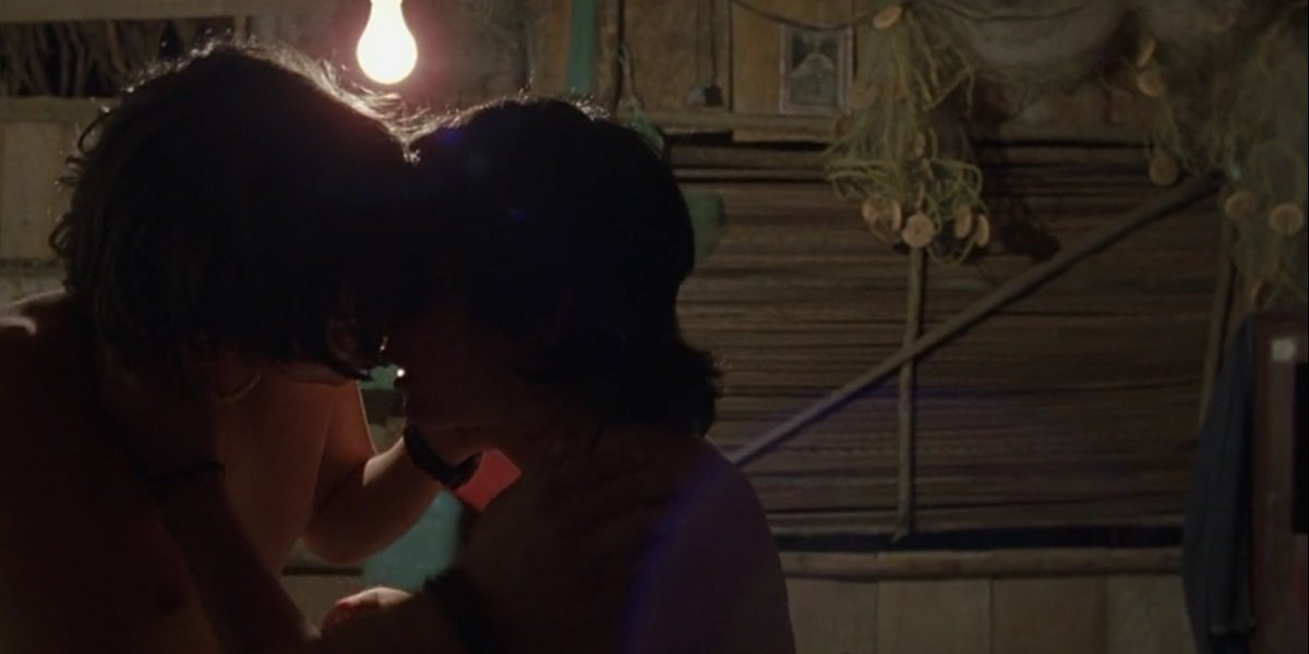 Diego Luna and Gael Garcia Bernal Kiss in Y Tu Mama Tambien