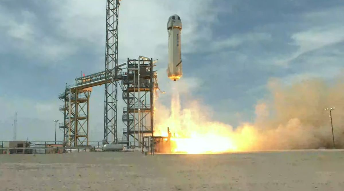 Blue Origin aces 'astronaut rehearsal' New Shepard test flight