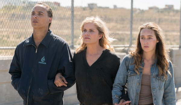 Alycia Debnam Carey Ass fear the walking dead shows off new season 4 characters in