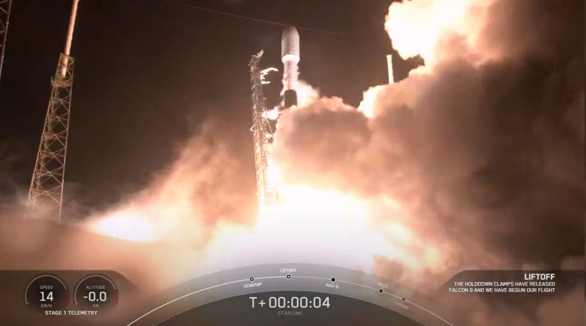 SpaceX launches 60 new Starlink internet satellites into orbit, misses rocket landing - Space.com