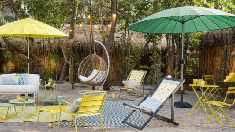 best garden parasol: Papaye Tilting Parasol