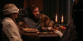 The Green Knight's Joel Edgerton Says YouTube Clips Of Drunk Actors Inspired His Performance