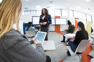 End-to-end Solutions for Active Learning Classrooms at U of S