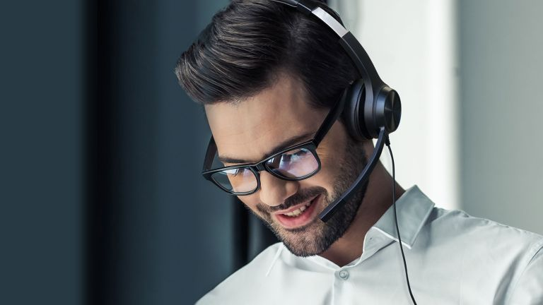 Creative Chat USB review, man wearing the headset