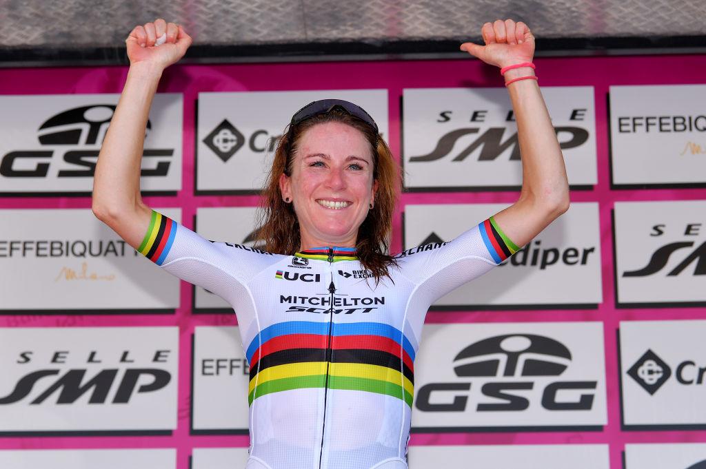 Annemiek van Vleuten on the podium after stage 4