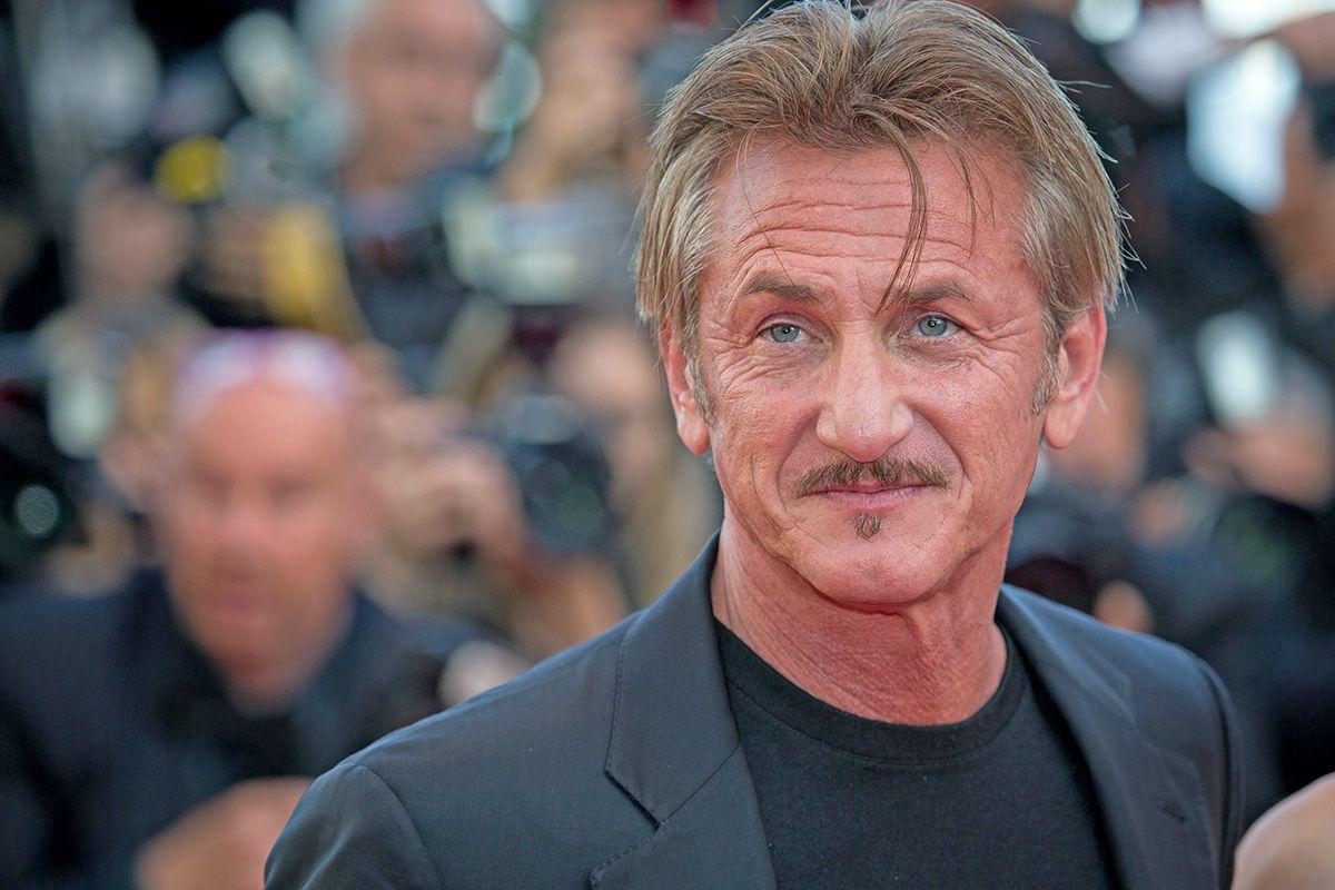 Sean Penn to Star in Hulu's Mars Space Drama 'The First ...