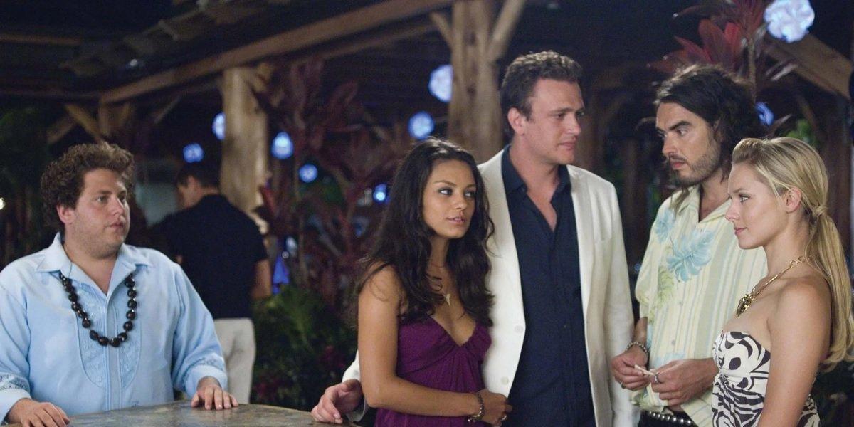 Russell Brand, Mila Kunis, Jonah Hill, Jason Segel, and Kristen Bell in Forgetting Sarah Marshall