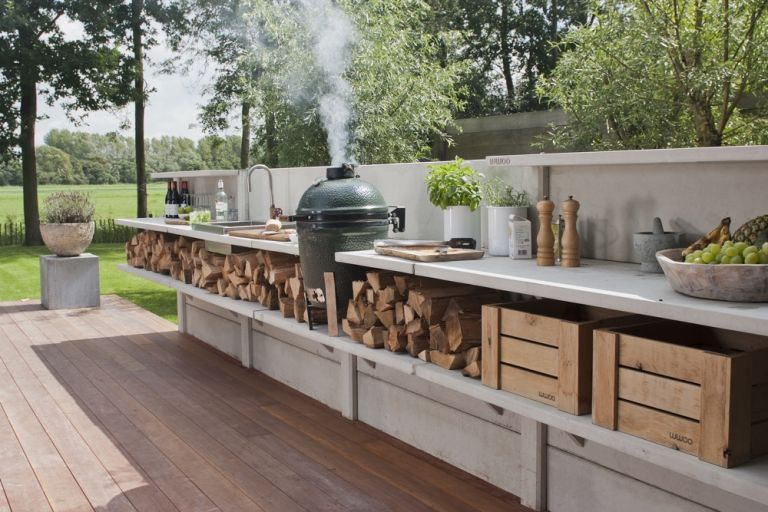 large outdoor kitchen ideas for entertaining