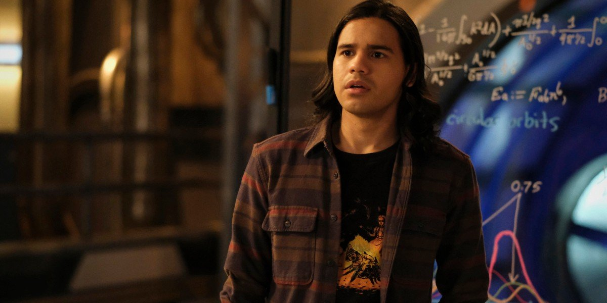 Cisco looking concerned The Flash The CW