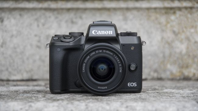 The best Canon EOS M5 deals in October 2018