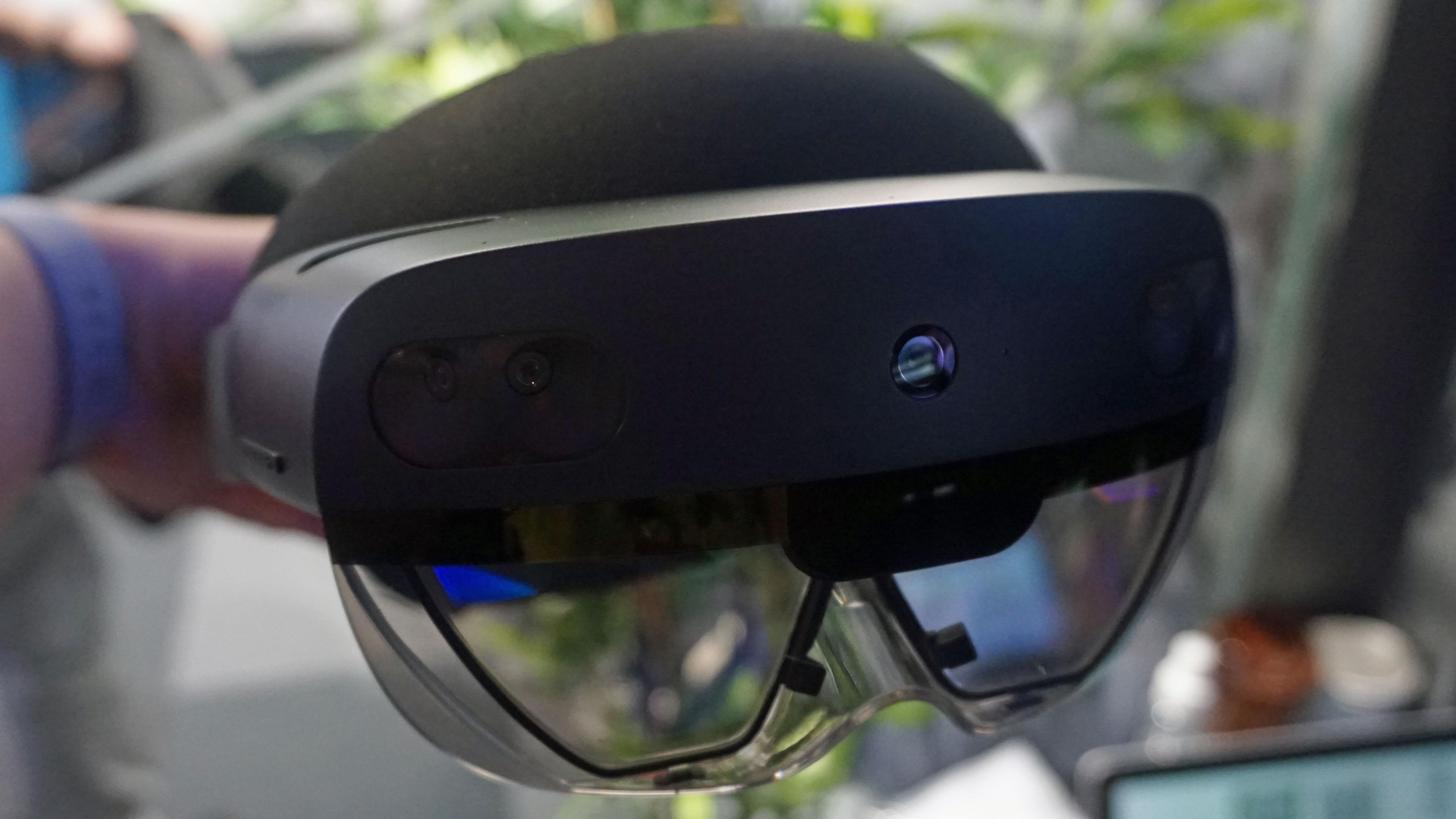 Microsoft HoloLens. Image Credit: TechRadar.
