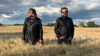 Mike Peters and Billy Duffy