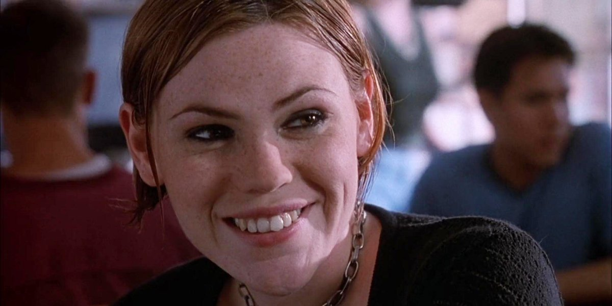 Clea DuVall in She's All That