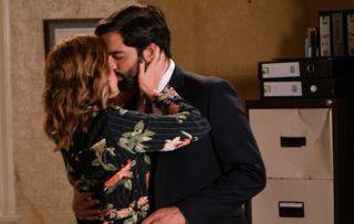 Coronation Street spoilers: A drunk Toyah Battersby kisses Imran