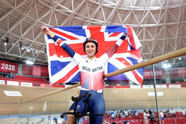 Dame Sarah Storey wins Paralympic gold in the individual purstuit