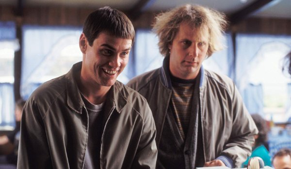 Dumb and Dumber Jim Carrey and Jeff Daniels politely talking to the cashier at a diner