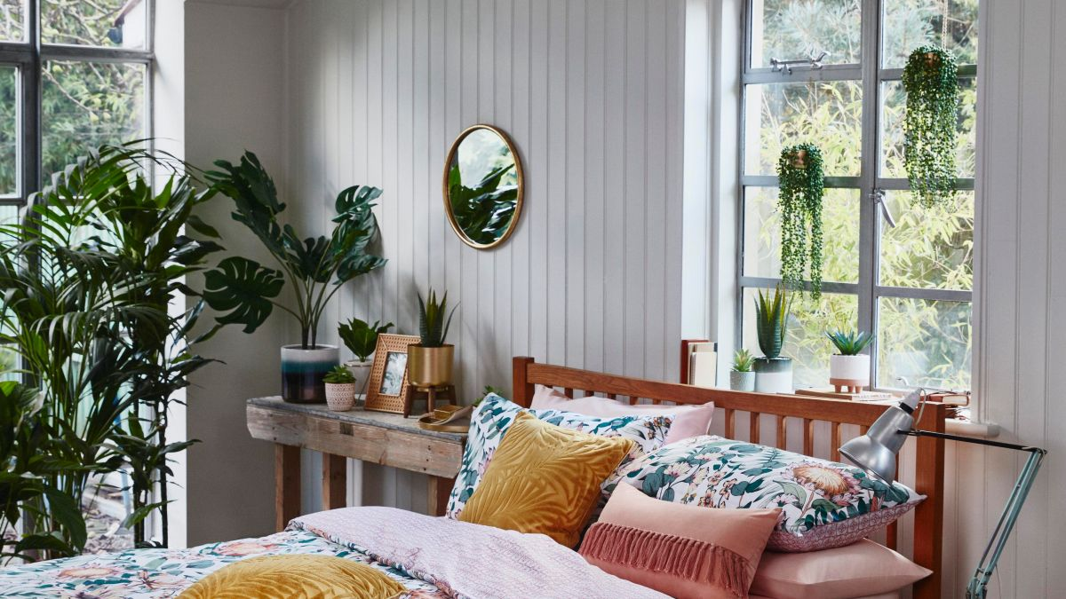 Failed plant parents rejoice! Primark is selling loads of affordable (fake) house plants