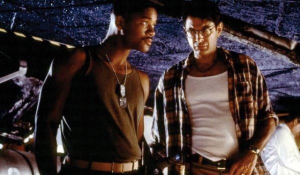 Independence Day Will Smith and Jeff Goldblum stand around under an alien spaceship
