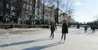 amsterdamn frozen canal