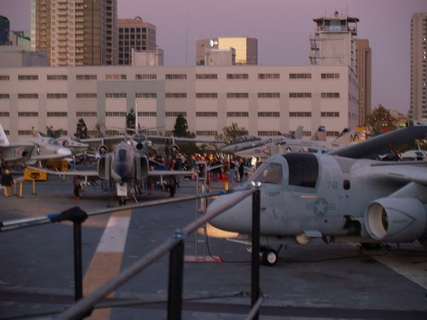 Comic Con: Aircraft Carrier Premiere Of Stargate Continuum #2874