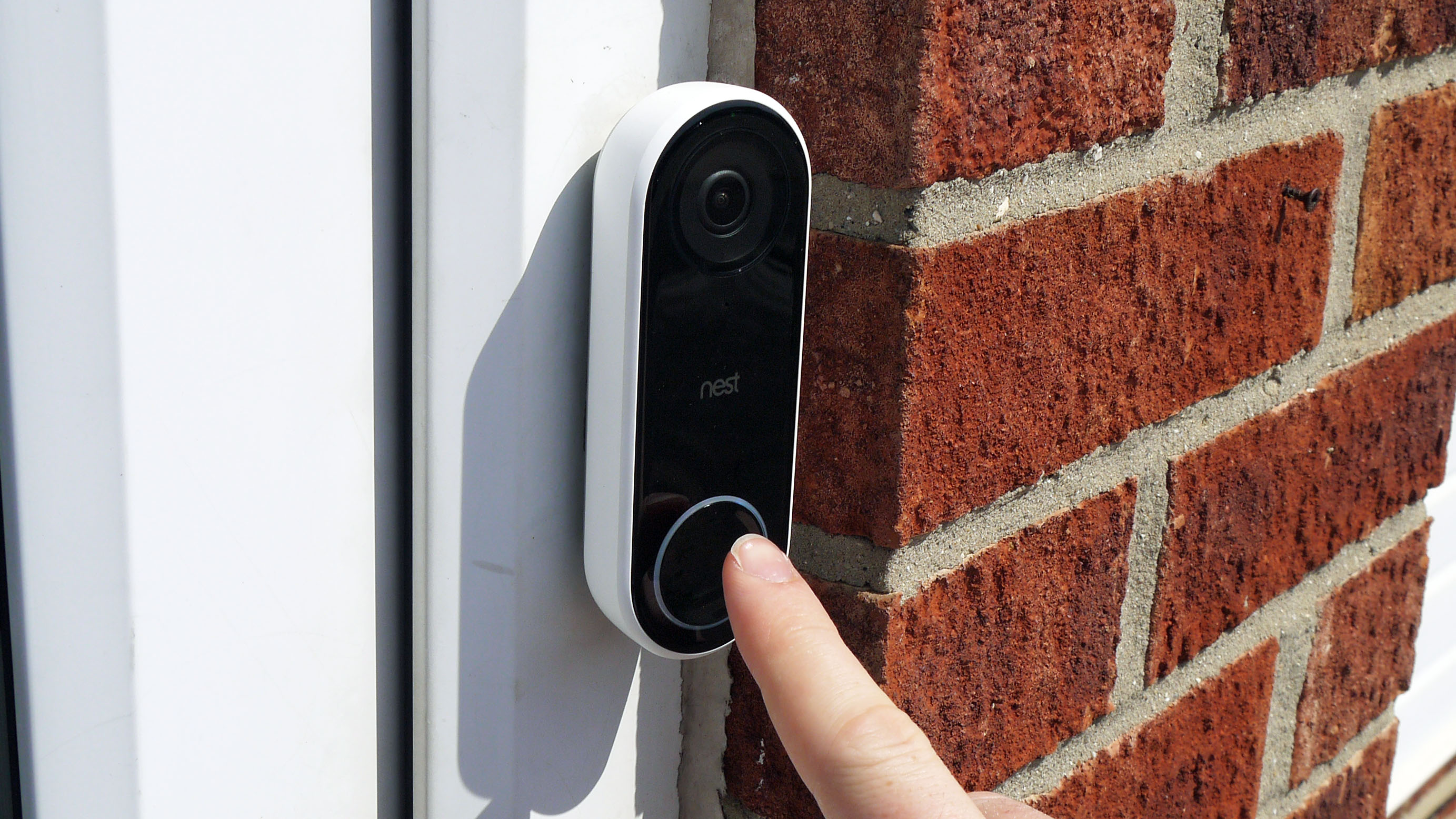 Google's Nest Hello Doorbell can now keep an eye on your