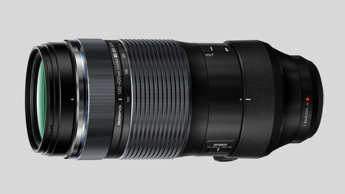 Olympus M.Zuiko 100-400mm f/5.0-6.3 gives you up to 1600mm of reach!