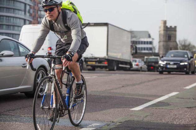 cycling_commuting_4850764