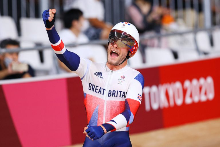 Matt Walls wins Olympic gold in the Omnium