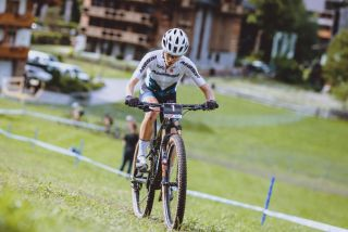 Loana Lecomte wins short track in Leogang World Cup