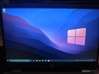 Windows 10 Taskbar Running in Windows 11