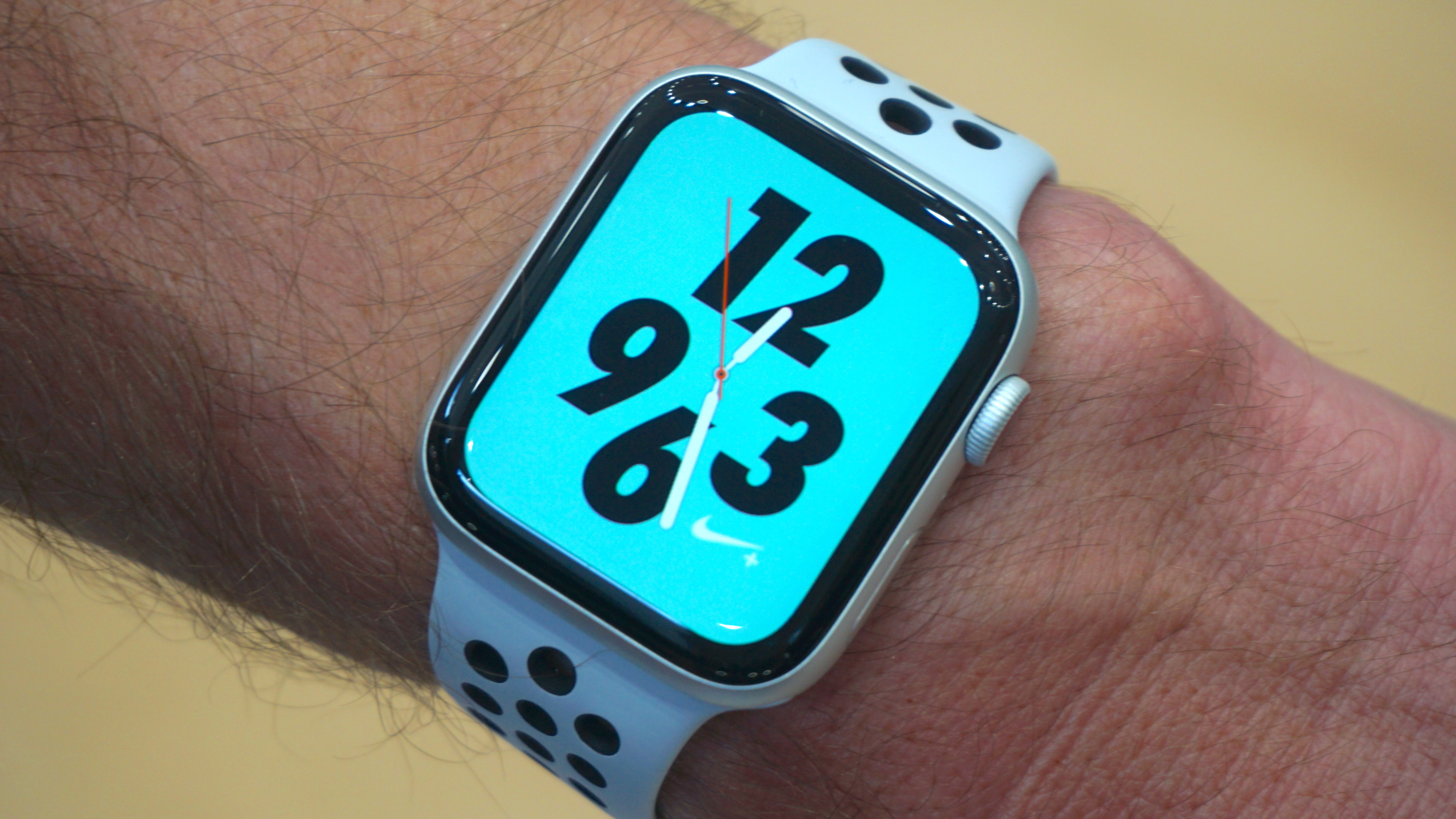 There's a larger Nike+ Watch face too, which comes with the Nike+ Watch4 variant.