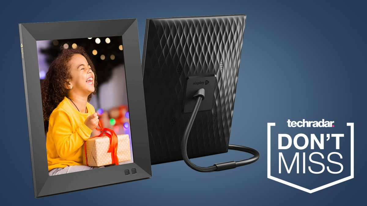 One of the best digital photo frames is 26% off in this late Cyber Monday deal - TechRadar