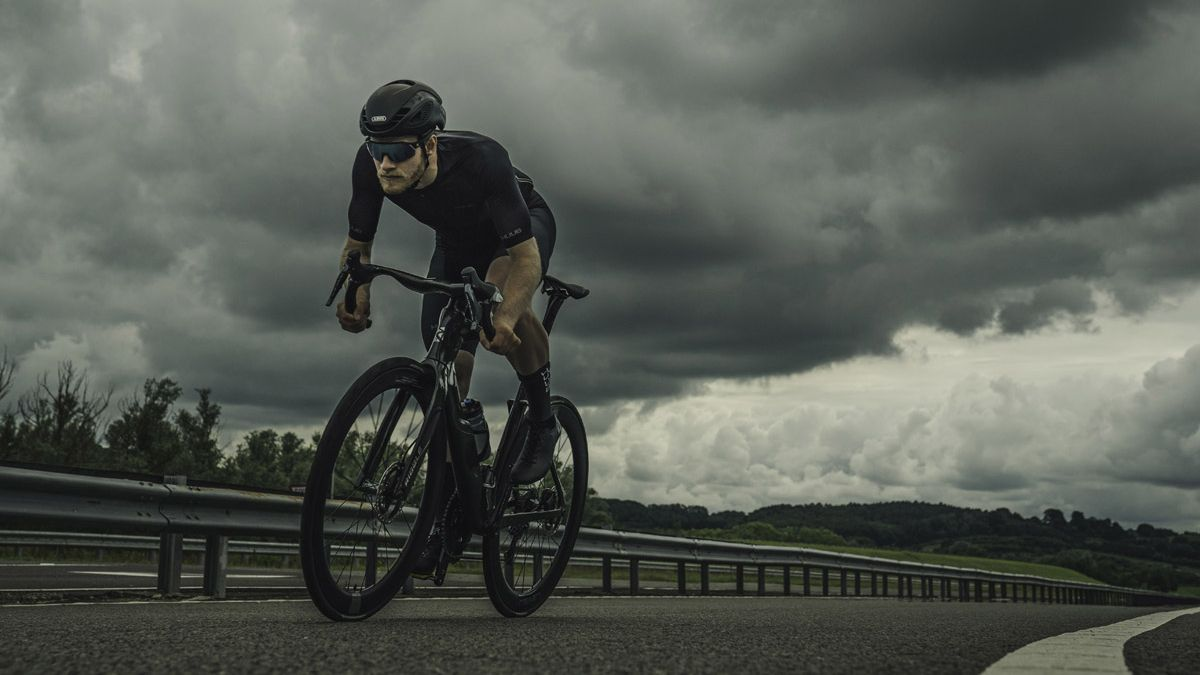 I can't stop thinking about how sexy the new Ribble Ultra SL R road bike looks