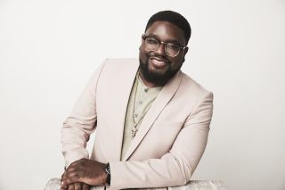Lil Rel Howery hosts Small Fortune
