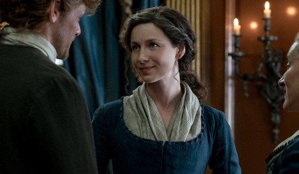 outlander season 4 claire fraser looking at jamie starz caitriona balfe