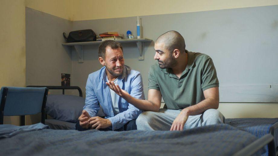 Doctors, Jimmi Clay, Leon Sharma