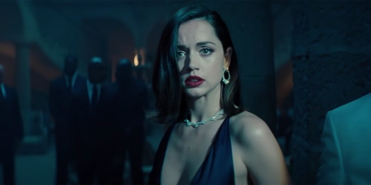 Ana de Armas in a diamond necklace for Bond 25