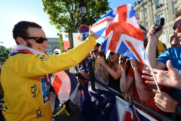 Bradley Wiggins and fans, Tour de France 2012, stage 20