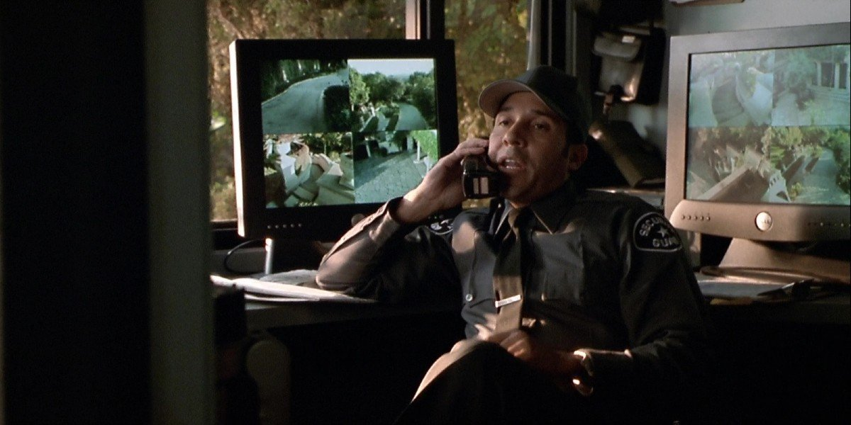 Oscar Nunez - The Italian Job (2003)