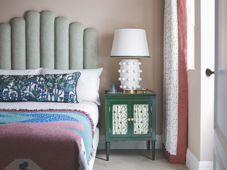 Storage ideas for small bedrooms - chic bedside table