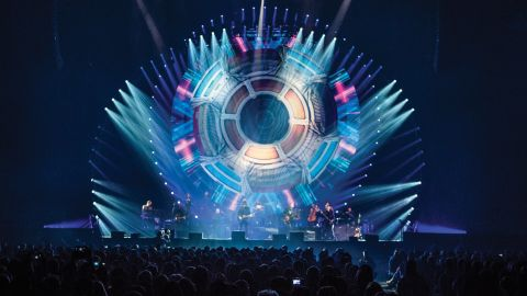 Jeff Lynne's ELO spaceship on stage in Manchester