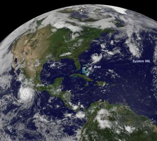 tropical-storm-bret-cindy-dora-110720-02